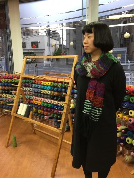 👀ネットでさをりの教室を見つけて来てくださいました👋 糸色も迷うことなくスイスイと楽しそうに織ってらして😄ステキにしあがりましたね👋 年パスのご入会ありがとうございます💕